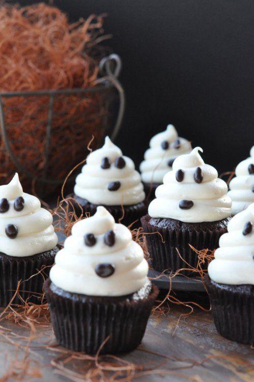 Diy Halloween Desserts  Ghost Cupcakes