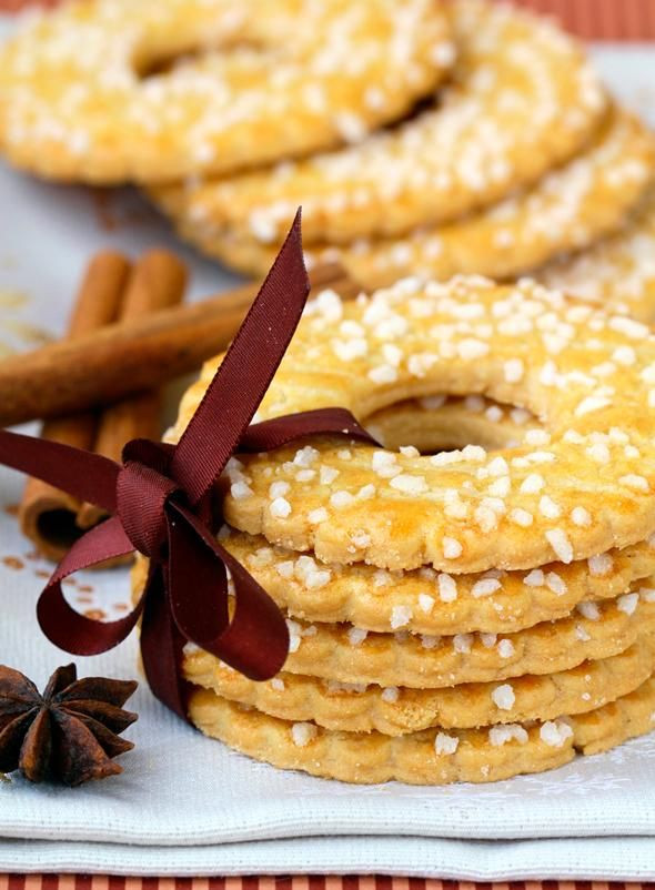 Dutch Christmas Cookies  Kerstkransjes Dutch Christmas cookies