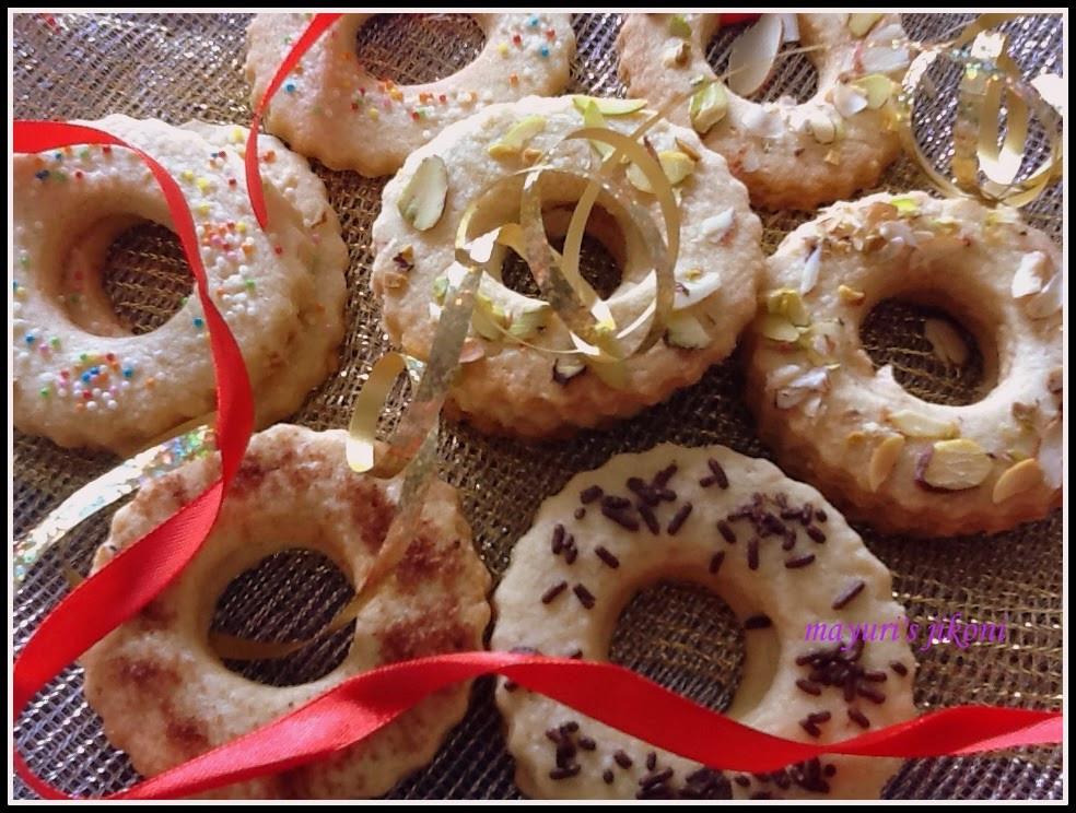 Dutch Christmas Cookies  Mayuri s Jikoni 467 Kerstkransjes Dutch Christmas