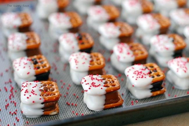 Easiest Christmas Cookies  Candy Bar Pretzel Bites