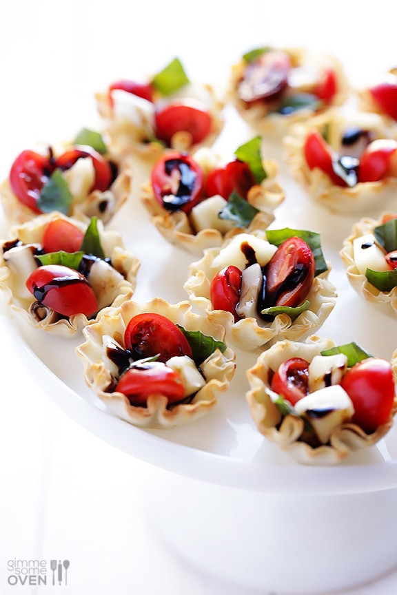 Easy Appetizers For Christmas  11 Easy Holiday Appetizers You Can Make in 10 Minutes