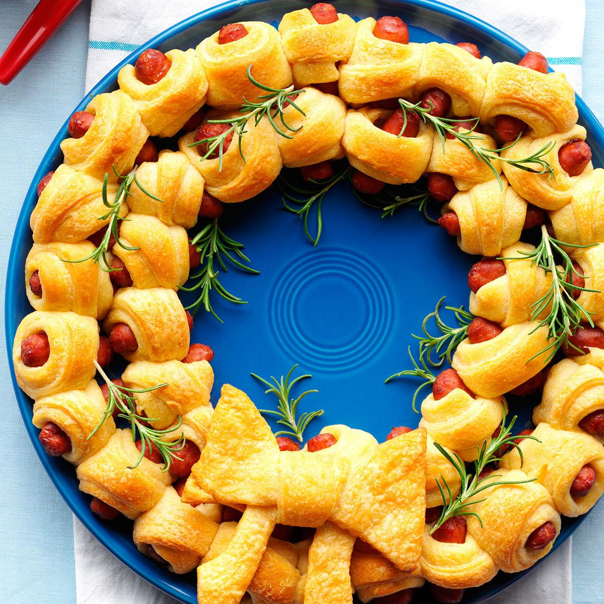Easy Christmas Appetizers Finger Foods  32 Fuss Free Christmas Finger Foods