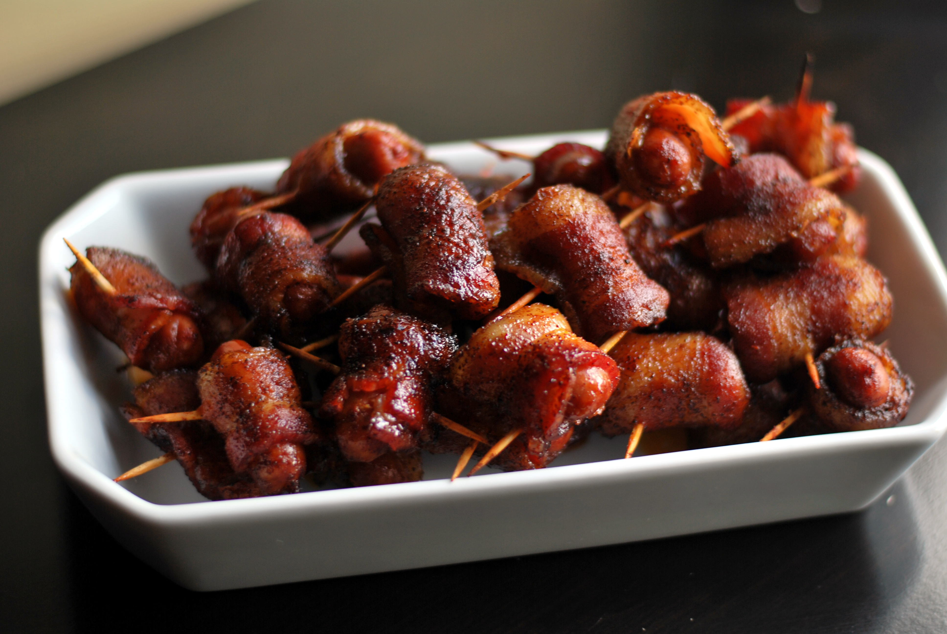 Easy Christmas Appetizers For A Crowd  12 Easy Holiday Appetizers For a Crowd