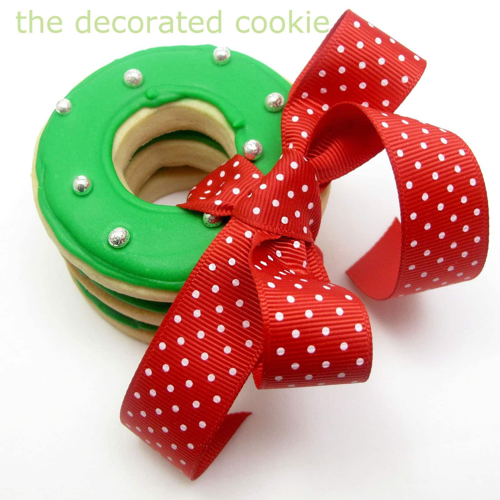 Easy Decorative Christmas Cookies  simple Christmas wreath cookies The Decorated Cookie