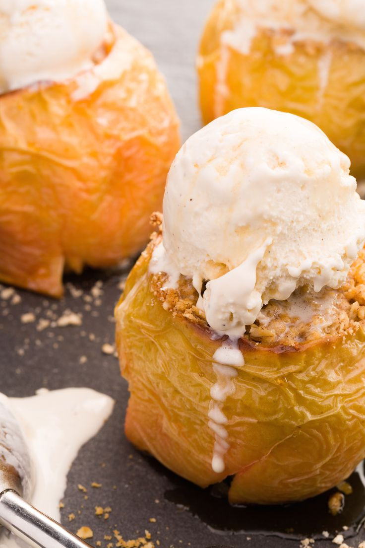 Easy Fall Desserts For A Crowd  19 Mind Blowing Ways to Eat Baked Apples This Fall