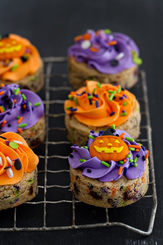 Easy Halloween Cookies  Easy Halloween Cookie Recipes