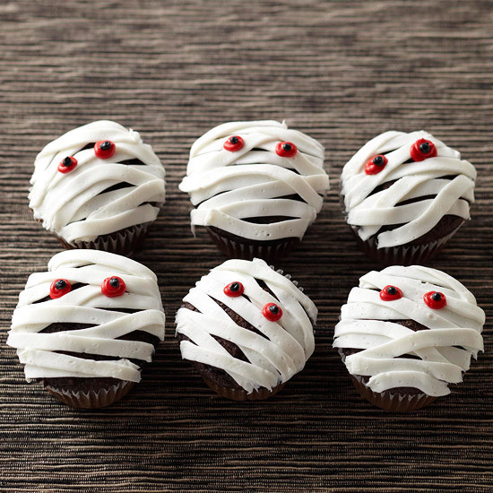 Easy Halloween Cupcakes Decorations  Halloween Cupcake Ideas Spooky Style PrivateIslandParty