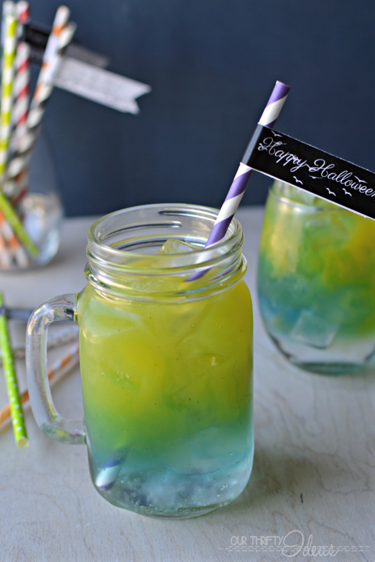 Easy Halloween Drinks  25 Easy Halloween Cocktails & Drinks Recipes for