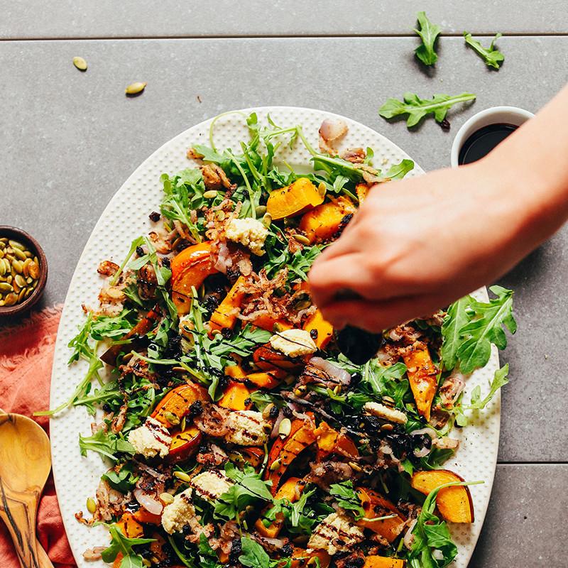 Easy Vegetarian Thanksgiving Recipes  104 Easy Vegan Thanksgiving Recipes