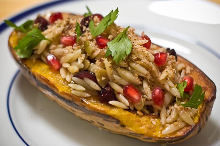 Easy Vegetarian Thanksgiving Recipes  Ve arian Thanksgiving Recipes