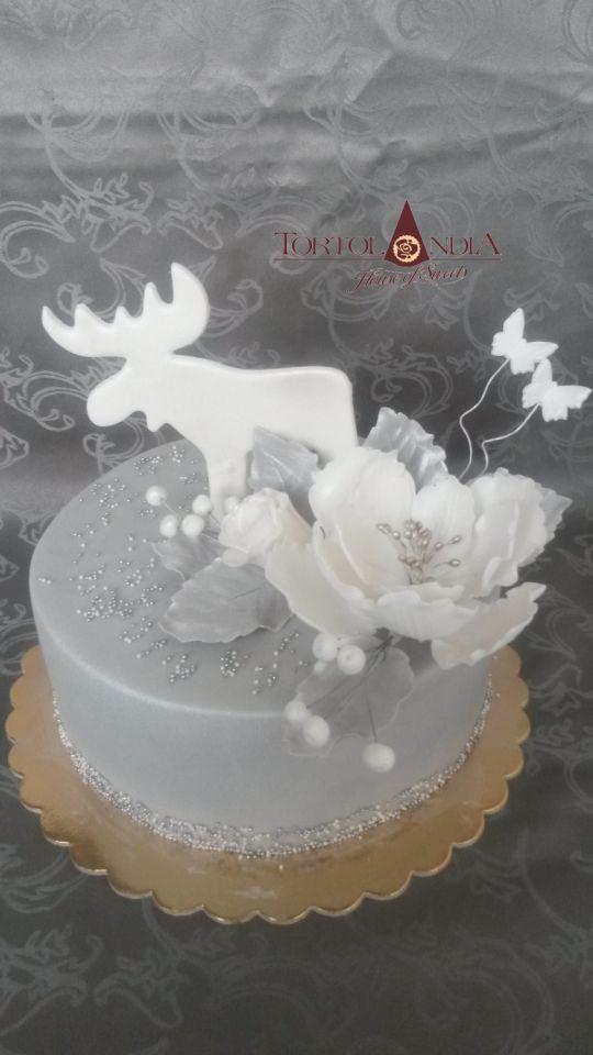 Elegant Christmas Cakes  Elegant Christmas cake cake by Tortolandia CakesDecor