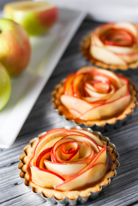 Fall Apple Desserts  35 Easy Fall Dessert Recipes Best Treats for Autumn Parties