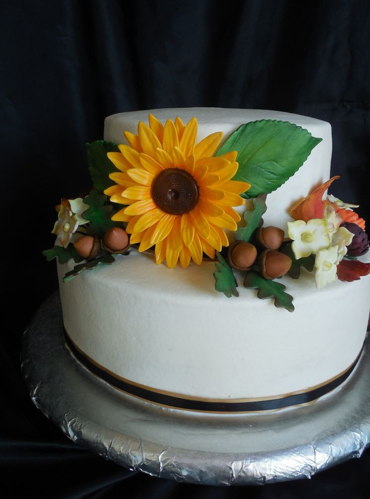 Fall Birthday Cake Ideas  578 best images about Autumn Cakes on Pinterest