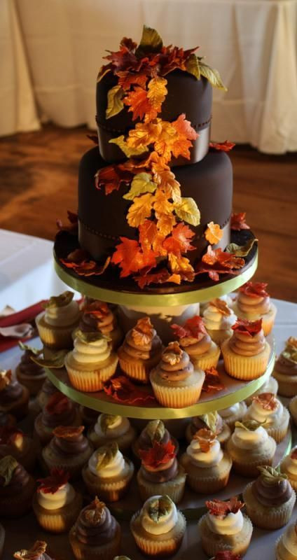 Fall Cupcakes Ideas  176 best Fall Cake Decorating Ideas images on Pinterest