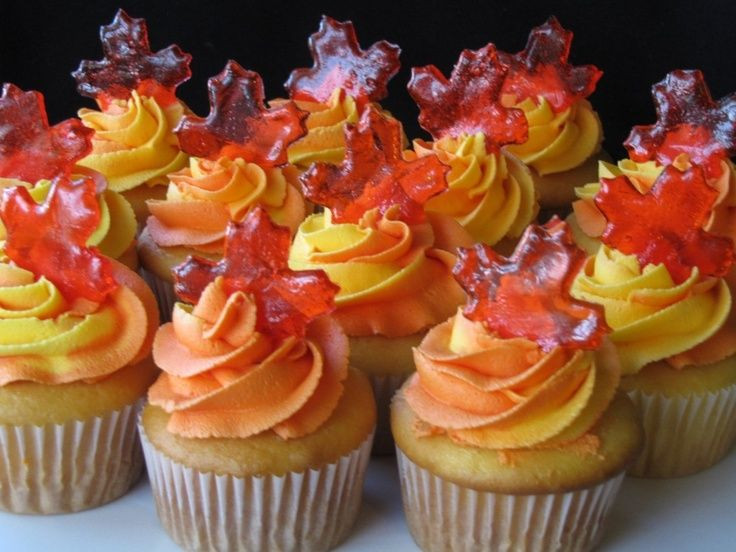 Fall Cupcakes Ideas  Autumn inspired cupcakes crafts DIY