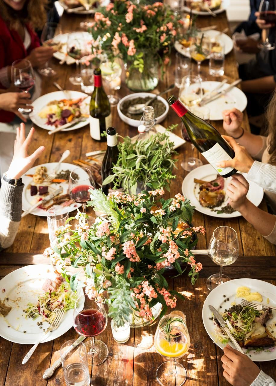 Fall Dinners For A Crowd  Use these simple tips to easily entertain a crowd