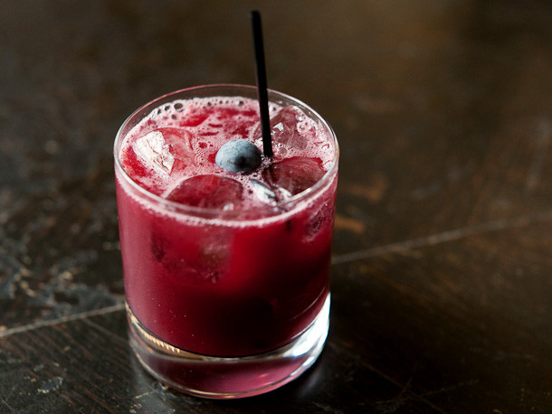 Fall Drinks With Vodka  5 Vodka Cocktails to Make This Fall