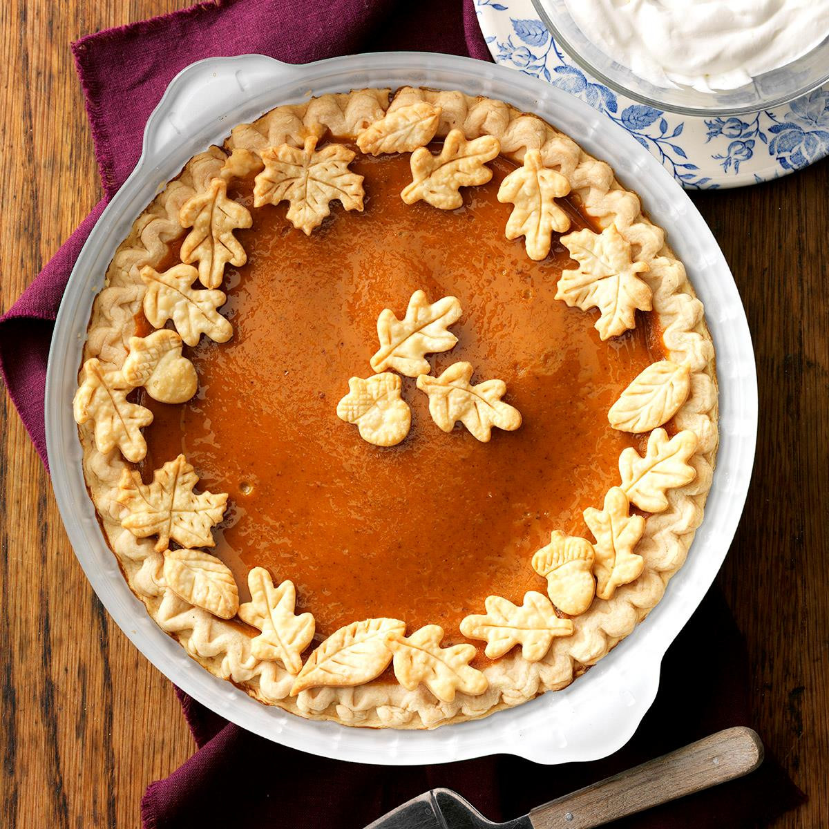 Fall Pie Recipes  Easy Pumpkin Pie Recipe
