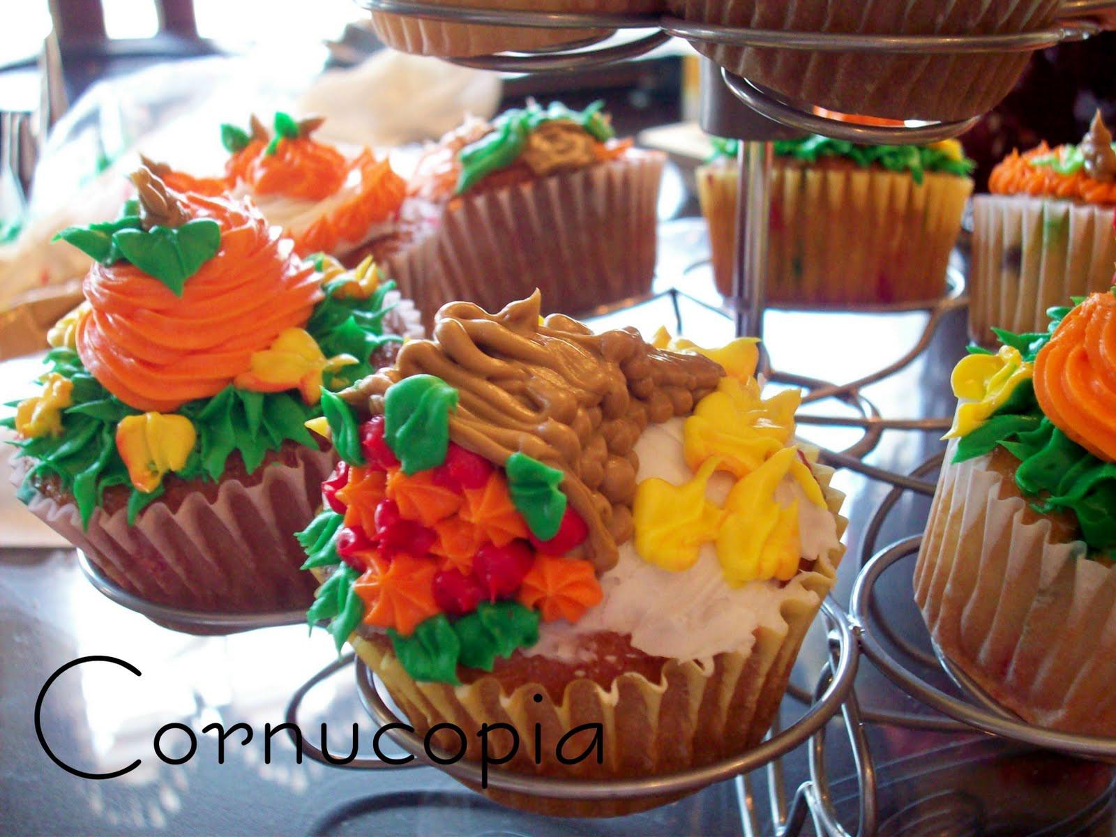 Fall Themed Cupcakes  The Life of Jennifer Dawn Fall Cupcakes