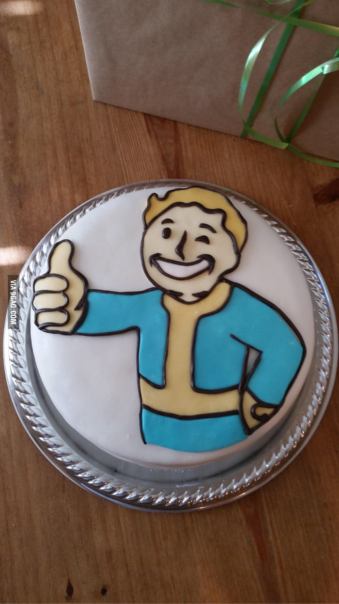 Fallout Birthday Cake  What do you guys think of this Fallout cake 9GAG