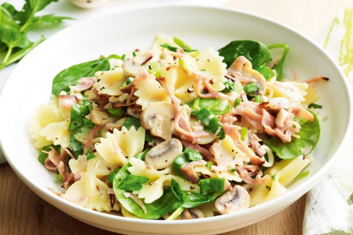 Farfalle Pasta Recipes Vegetarian  Ham mushroom and spinach farfalle