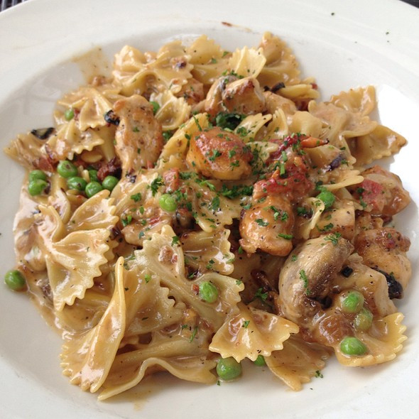 Farfalle With Chicken And Roasted Garlic  Foodspotting