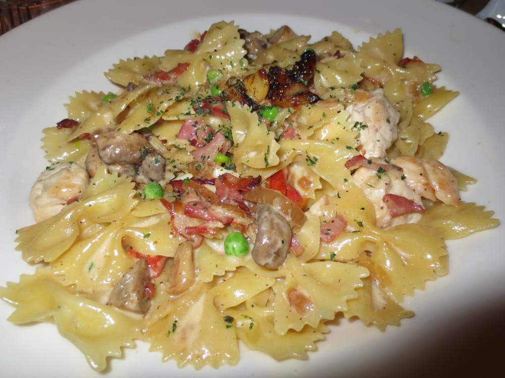 Farfalle With Chicken And Roasted Garlic  Farfalle with Chicken and Roasted Garlic