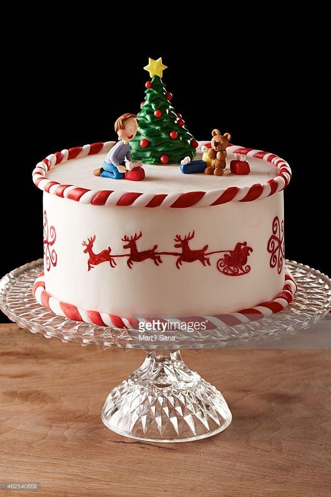 Fondant Christmas Cakes  Best 25 Tree cakes ideas on Pinterest