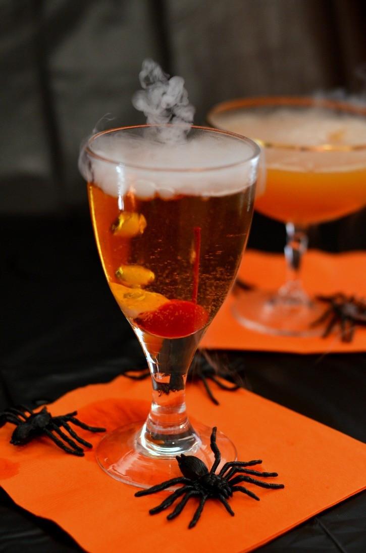 Fun Halloween Drinks  Spooky Halloween Drinks Simply Darrling