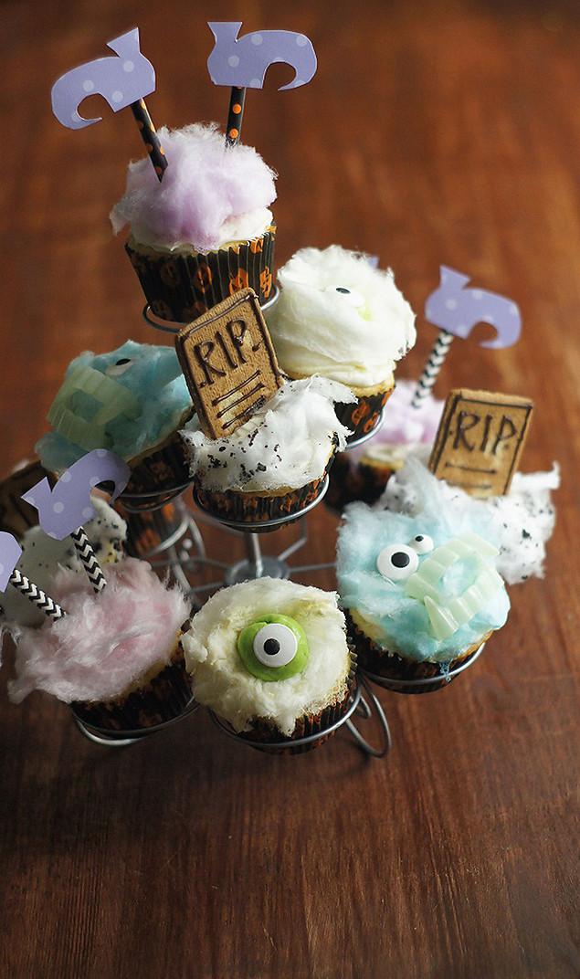 Funny Halloween Cupcakes  Fun Halloween Cupcakes Eighteen25