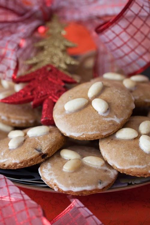 German Christmas Cookies  Christmas Cookies 2 Lebkuchen German Spice Cookies