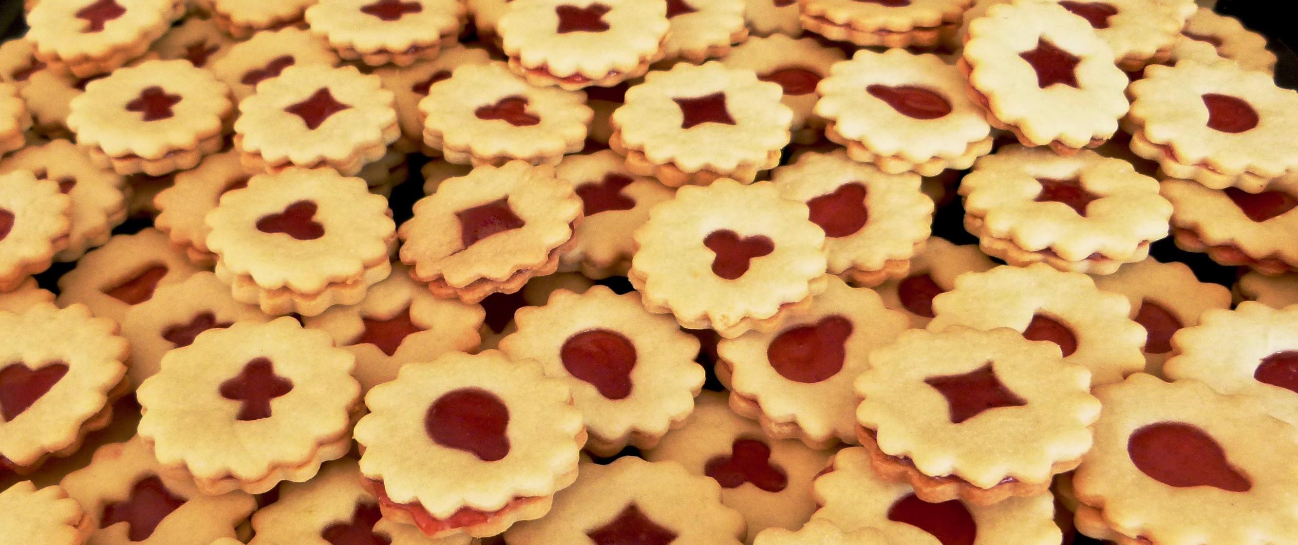German Christmas Cookies  Traditional German Christmas Cookies