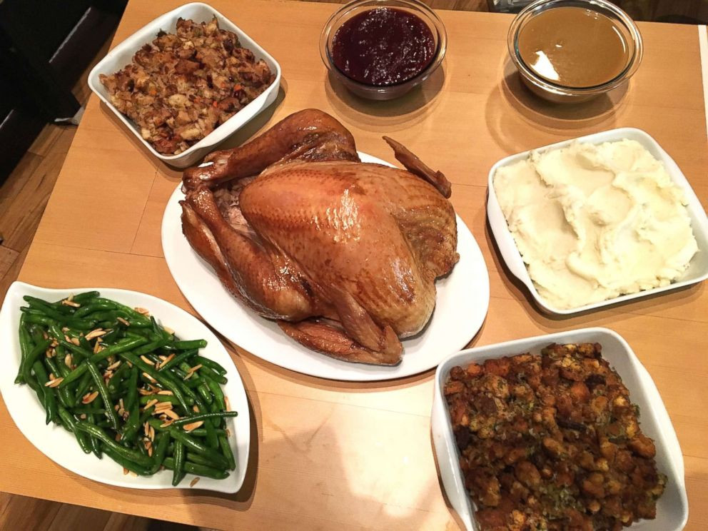 Giant Thanksgiving Turkey Dinner  Trying out 3 convenient meal options for Thanksgiving