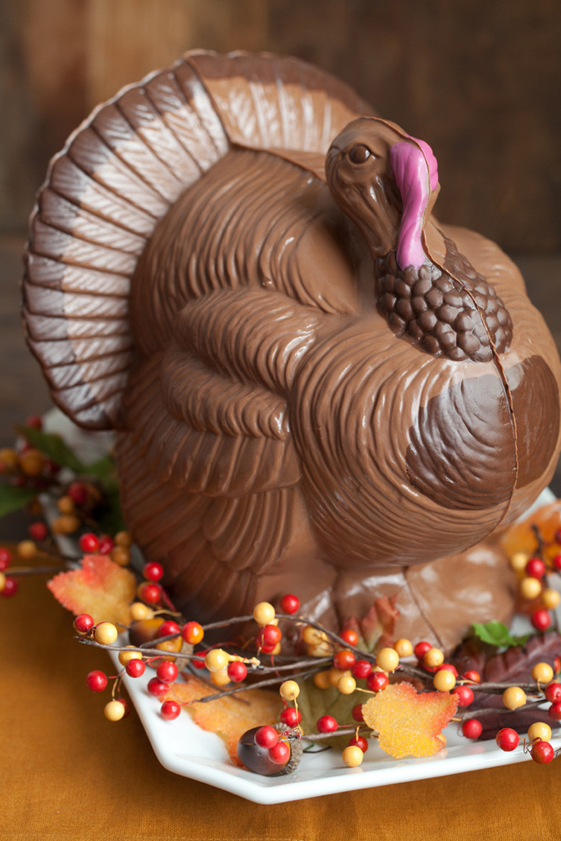 Giant Thanksgiving Turkey Dinner  Giant Chocolate Turkey Thanksgiving Centerpiece The