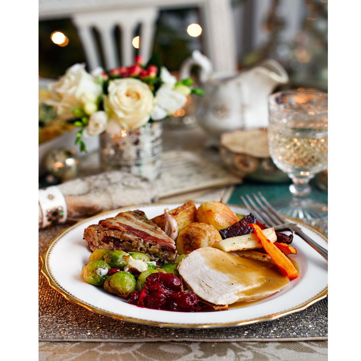 Good Christmas Dinners  Your ultimate Christmas dinner time plan Good Housekeeping