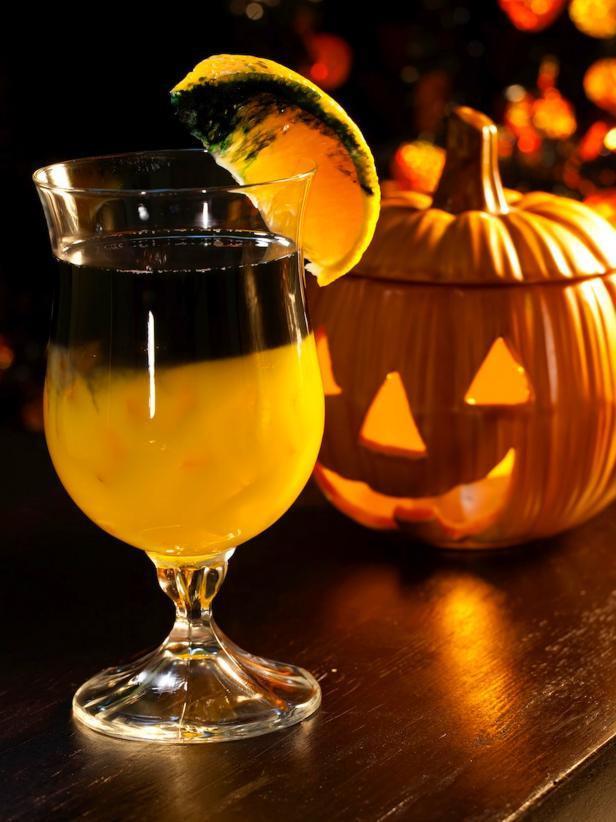 Good Halloween Drinks  Beware The 10 Best Halloween Cocktails [Recipes