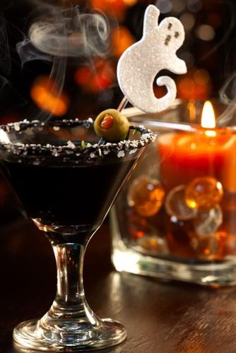 Good Halloween Drinks  3 Halloween Party Ideas for Spine Chilling Good Times