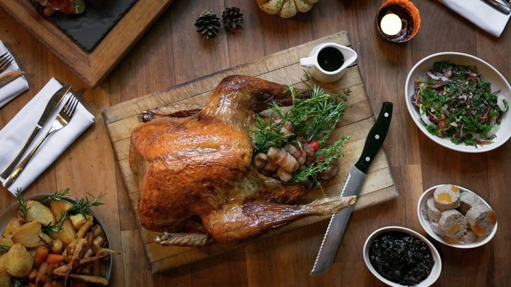 Gordon Ramsay Thanksgiving Turkey  gordon ramsay turkey gravy recipe