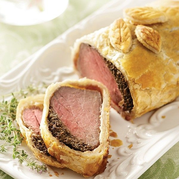 Gourmet Thanksgiving Dinner Delivered  Chateaubriand en Croute food
