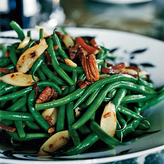Green Bean Recipes For Thanksgiving  Best 25 Thanksgiving green beans ideas on Pinterest