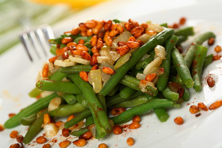 Green Bean Recipes For Thanksgiving  Thanksgiving Green Bean Recipes CDKitchen