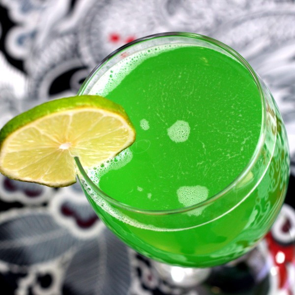 Green Halloween Drinks  33 Halloween drinks for your spooky night Mix That Drink