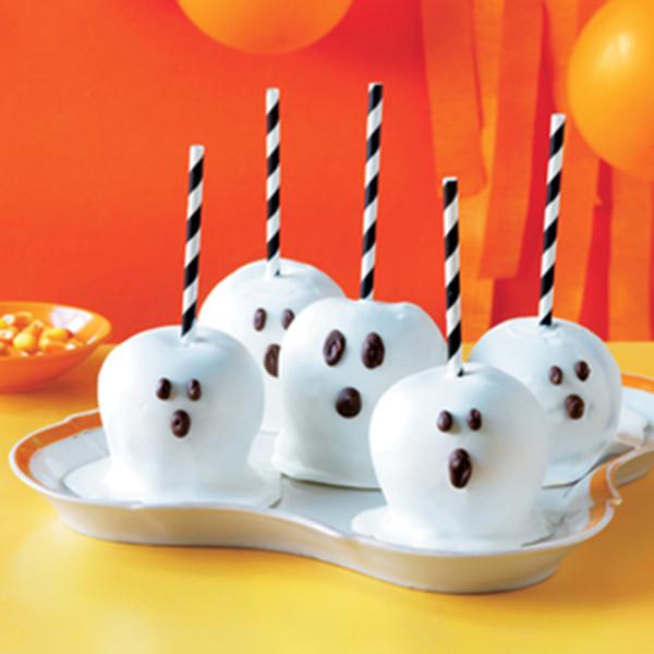 Halloween Apple Recipes  Halloween Caramel Apples B Lovely Events