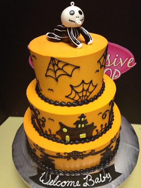 Halloween Baby Shower Cakes  Halloween Baby Shower cake