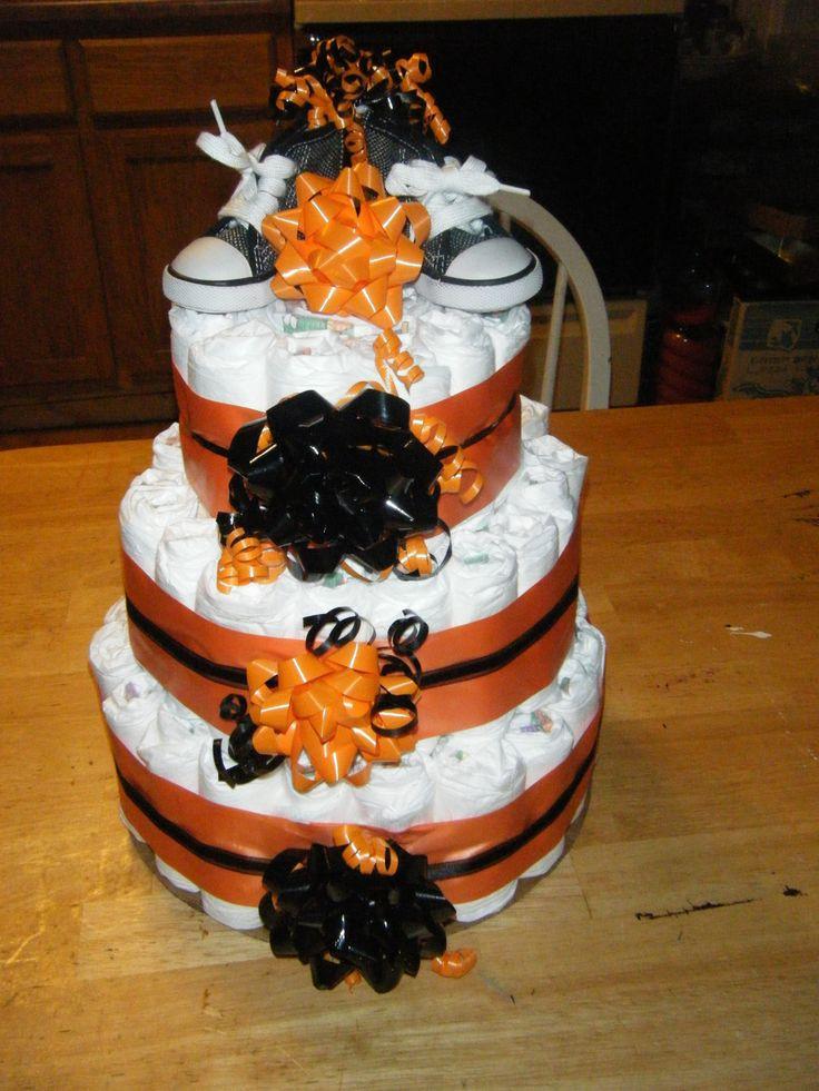 Halloween Baby Shower Cakes  Best 10 Halloween diaper cake ideas on Pinterest