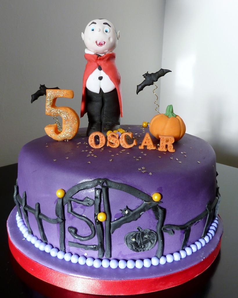 Halloween Birthday Cakes Pictures  Image Formats