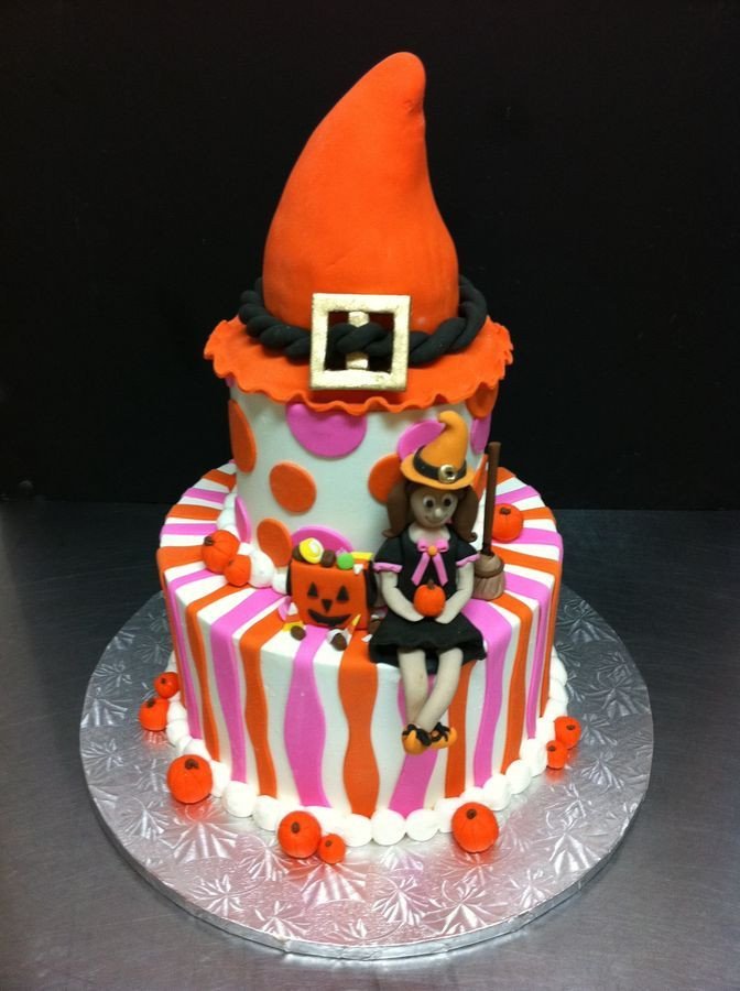 Halloween Birthday Cakes Pictures  17 Best images about Birthday Cakes on Pinterest