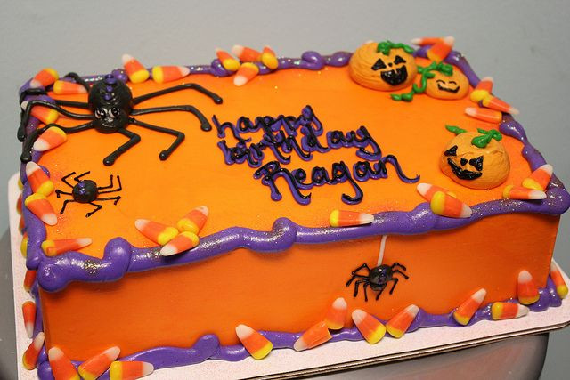 Halloween Birthday Sheet Cakes  t302