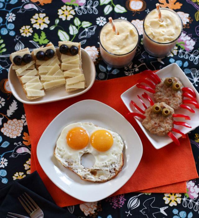 Halloween Breakfast Recipes  A Harmless Halloween Breakfast Modern Parents Messy Kids