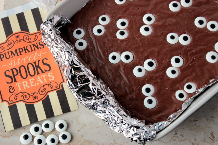 Halloween Brownies Decorating  Spooky Eyeball Fudge Brownies Big Bear s Wife